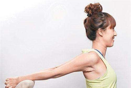 夏天想快点减掉背部肌肉怎么做?