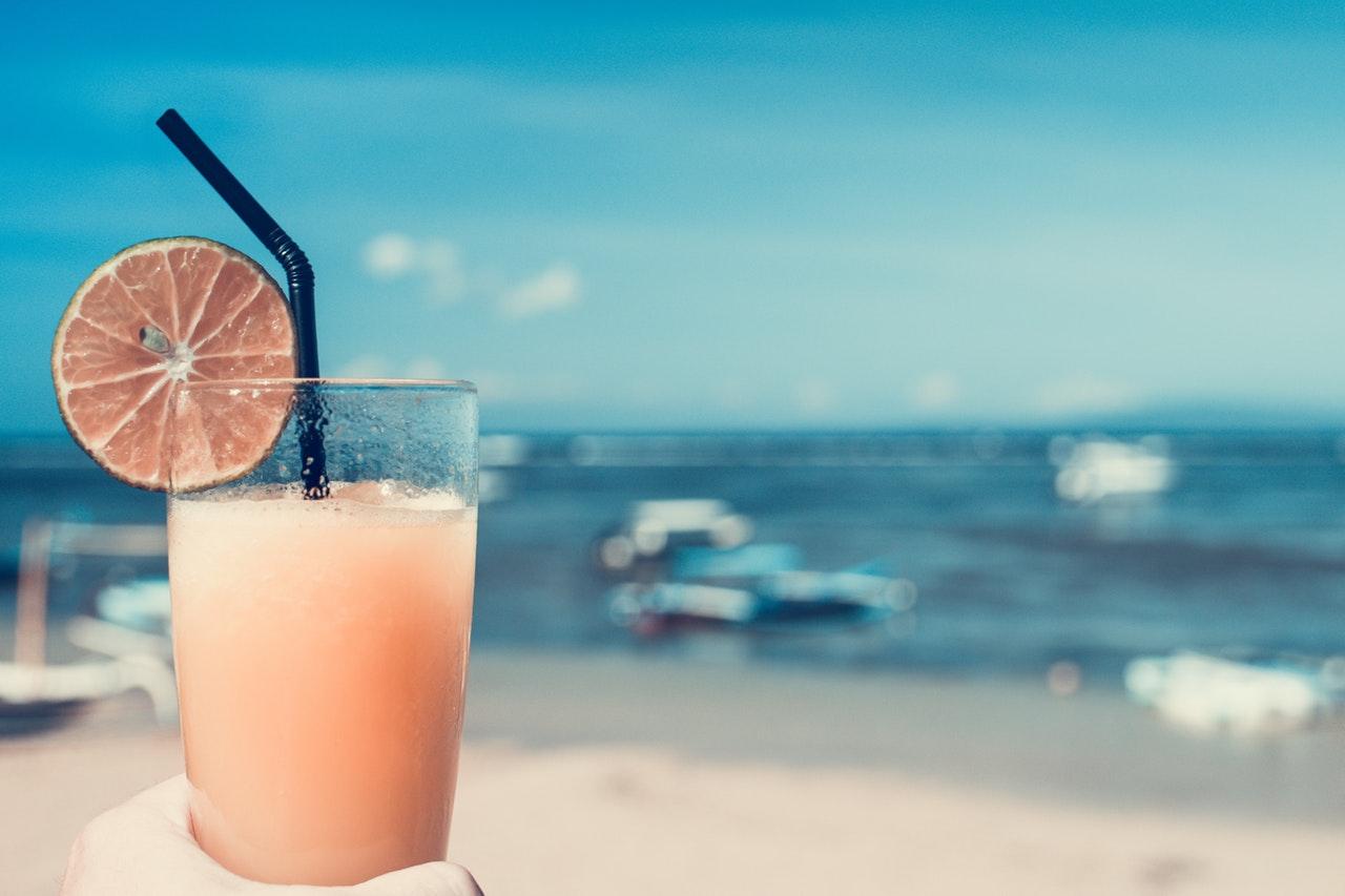 喝果汁不仅不能治病,也没你想的那么好