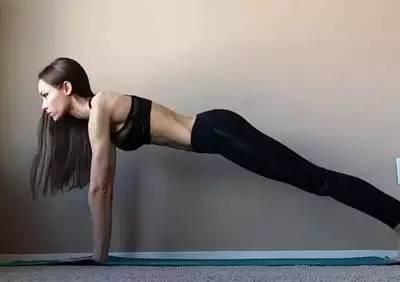 6个瑜伽体式让你腰、手臂细一圈!