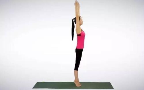 简单的瑜伽动作,1分钟就能通经络!