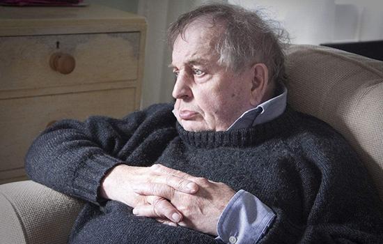 老年人看电视看到睡着?可能被病盯上了!