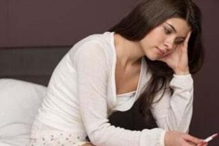 女人别把熬夜不当回事,看看这些危害