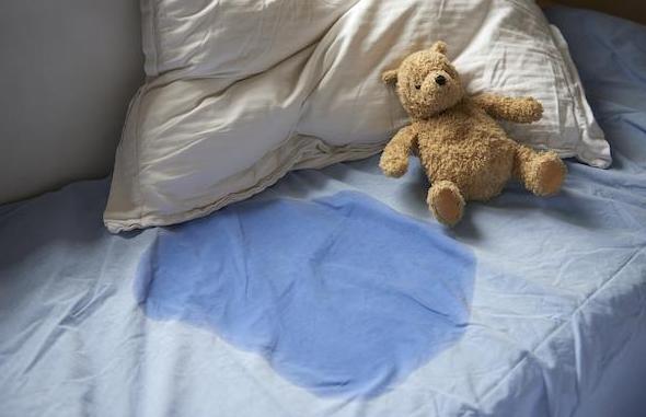 孩子尿床长大会好吗 孩子尿床家长怎么处理
