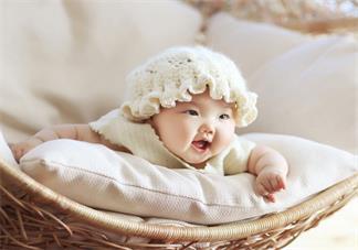 新生儿宝宝的包被用到什么时候 宝宝几个月可以不用包被