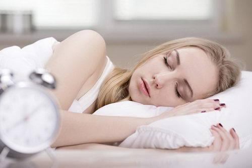 """""""秒睡""""体质真的好吗?其实这个时间入睡才健康!"""