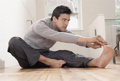 做瑜伽也能轻松长肌肉 男士快做起来吧!