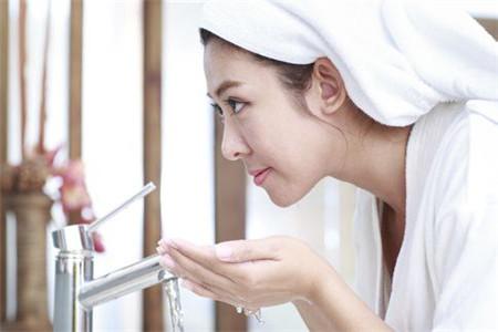 这些女人洗脸常犯的错误你有吗?