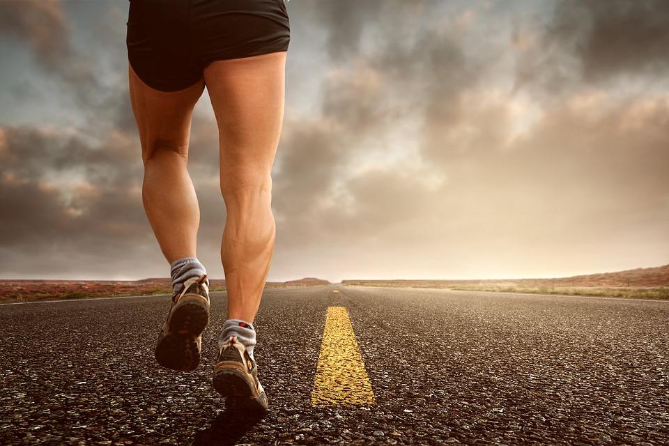 跑步还是走路,哪个更适合您的健康?