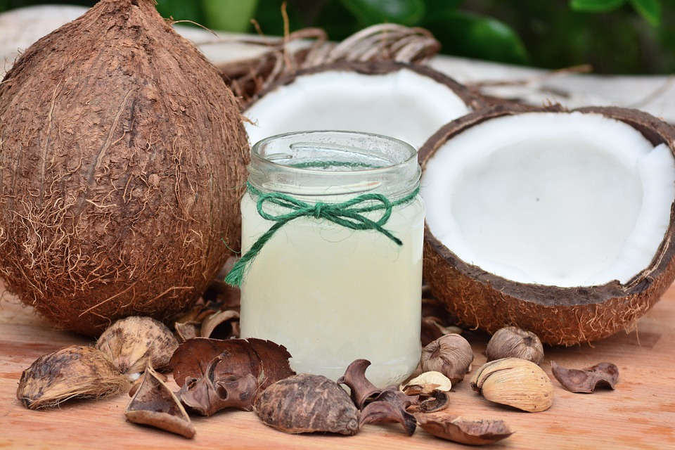 关于椰子油的真相 - 它能真正治愈阿尔茨海默氏症吗?