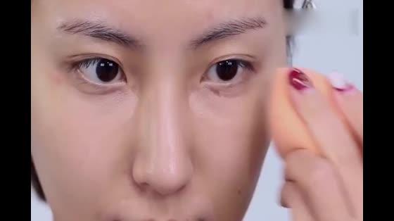梅子色妆容,这个秋冬最高级最质感的约会妆容!
