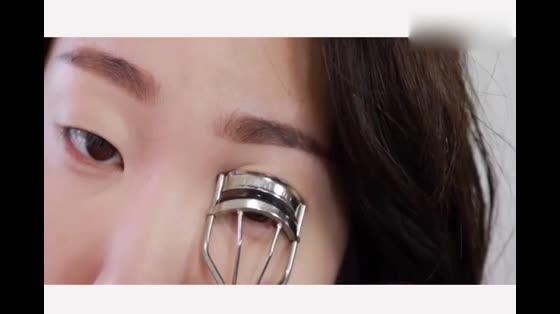 单眼皮福利!这款单眼皮妆容你一定不能错过!