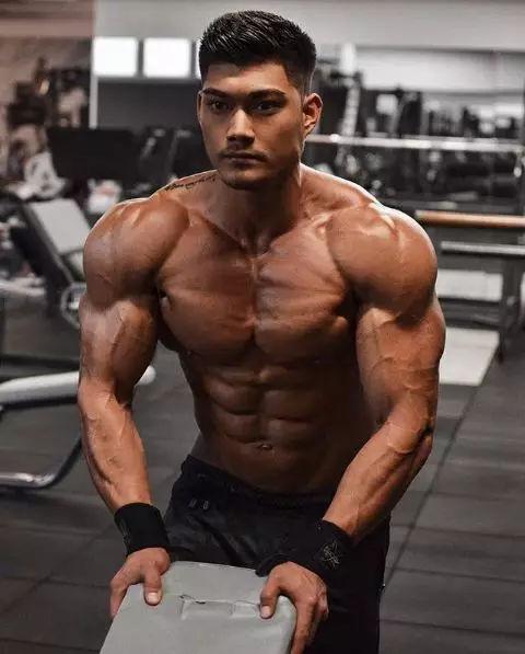 6%体脂的腹肌看起来到底有多完美?