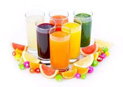 只喝果汁真的能减肥吗?不建议这么做!
