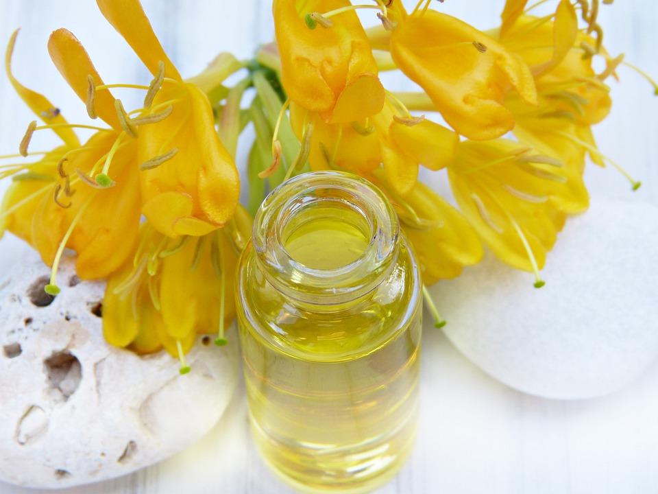 乳香油是什么,乳香油的功效与作用是什么?