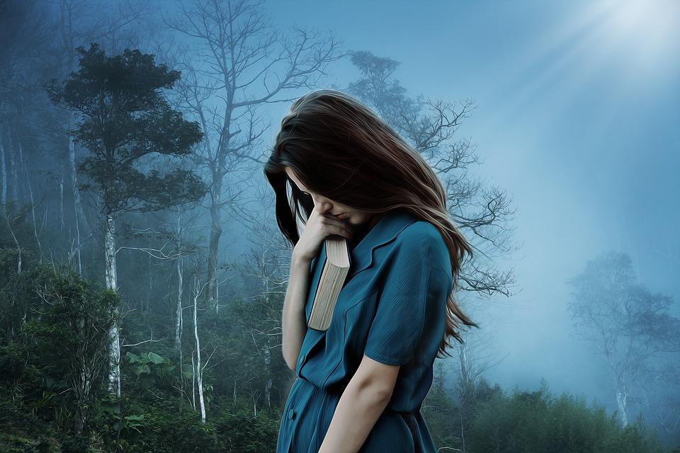 年轻女孩为什么承受这么大的压力,父母可以做些什么来帮助女孩?