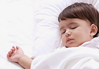 秋天让孩子早睡的方法有哪些?