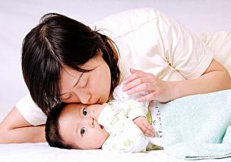 几个月宝宝能不能摇晃哄睡?