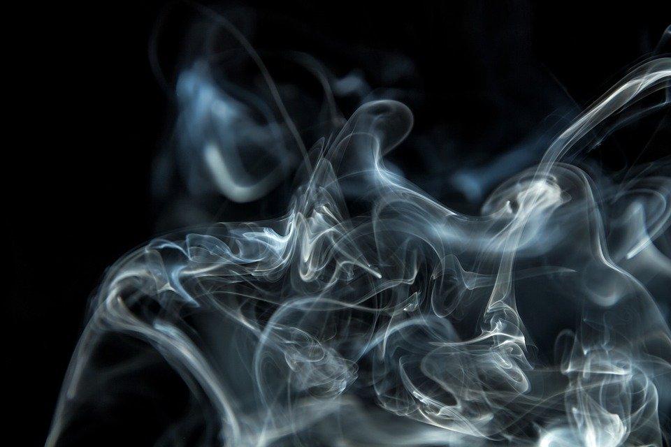 二手烟是否像抽烟一样危险?