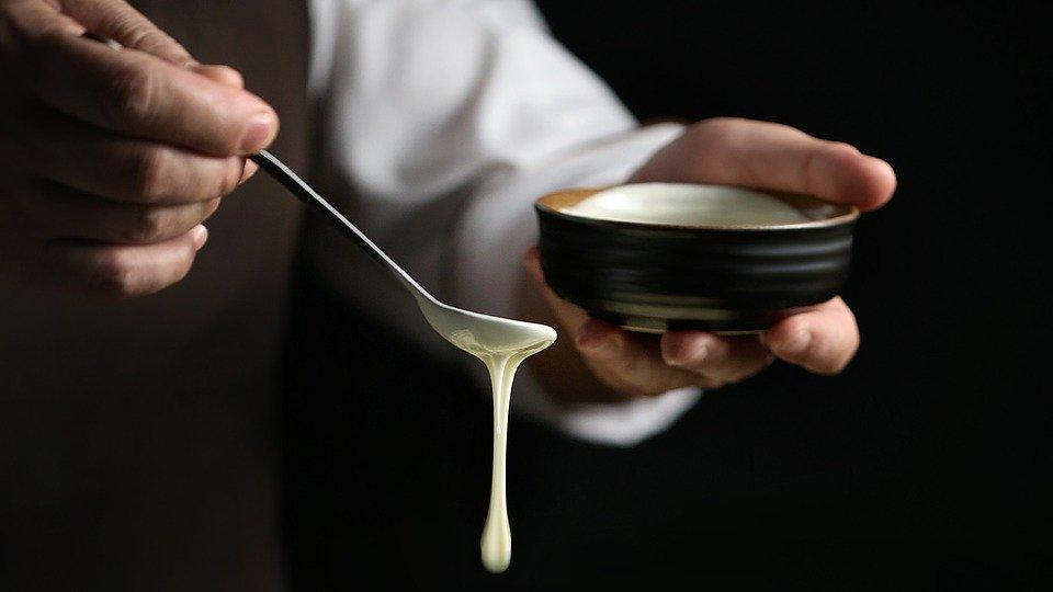 小苏打粉和发酵粉有什么区别?